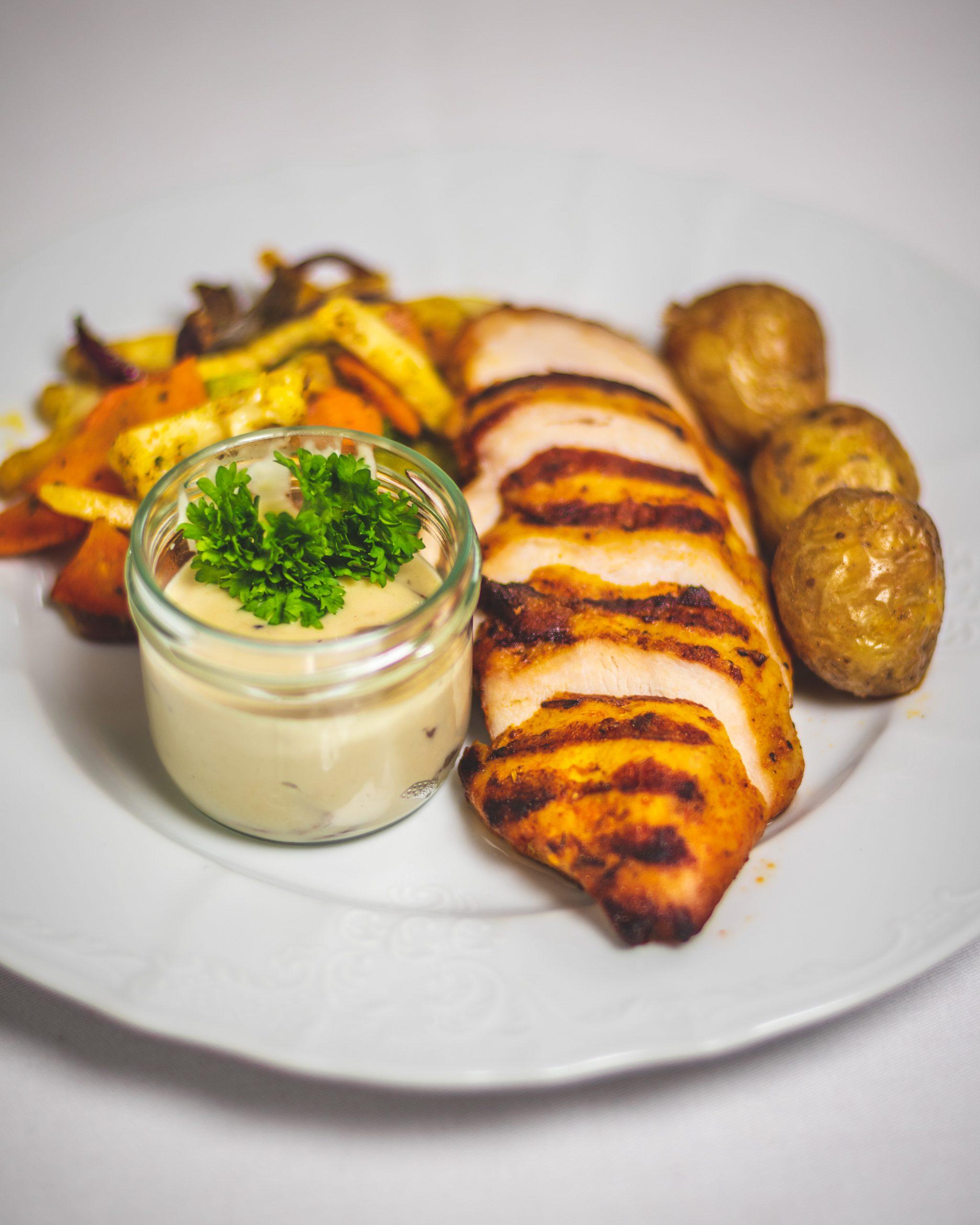 Hotel_Dyrholaey_Restaurant_Chicken_1